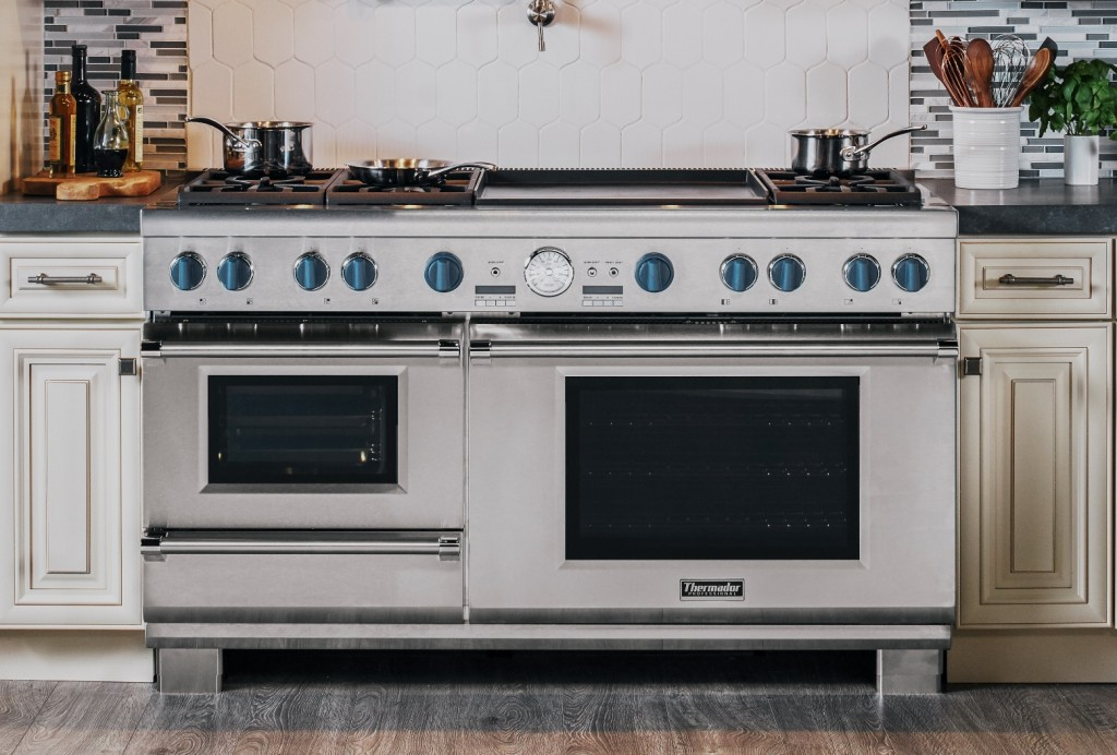60-Inch Pro Grand Steam Range with Blue Knobs